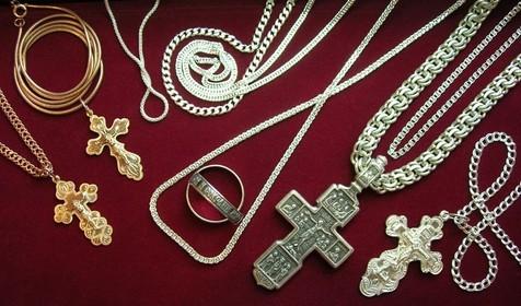 Ювелірні прикраси з православними традиціями фото